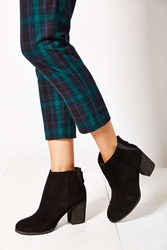Ecote Short Suede Boot Black