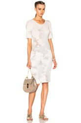 Raquel Allegra Short Sleeve Fitted Dress In White Ombre And Tie Dye White Ombre And Tie Dye