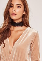 Missguided Elastic Lace Choker Black