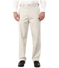 Dockers Comfort Khaki Upgrade Relaxed Flat Front Porcelain Khaki Men's Casual Pants Gray