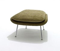 Knoll Saarinen Medium Womb Ottoman A Fabric