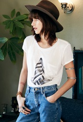 Forever 21 Langley Fox Beach Graphic Tee White Black