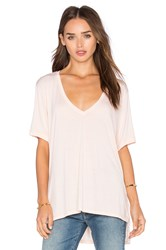 Feel The Piece Staton V Neck Short Sleeve Top Blush