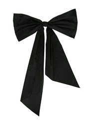 Oscar De La Renta Bow Back Necklace Black
