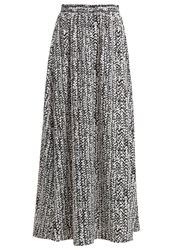 Kiomi Maxi Skirt White Black