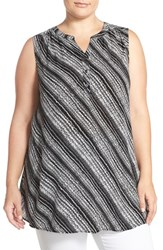 Sejour Plus Size Women's Sleeveless Gauze Tunic