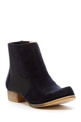 Chase And Chloe Victoria Short Flat Bootie Black