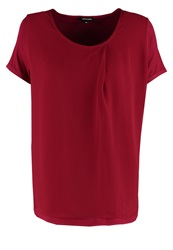 More And More Print Tshirt Wild Strawberry Red