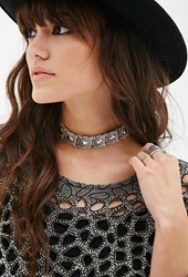 Forever 21 Etched Medallion Choker B.Silver