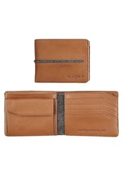Nixon Camel Coastal Arc Bi Fold Coin Purse