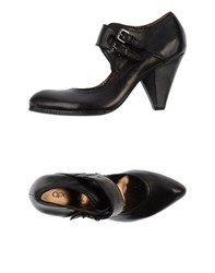 Apepazza Footwear Courts Women