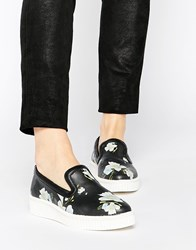 Religion Becoming Lip On Sneakers Blossomprintblack