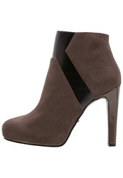 Gaudi' Gaudi Dama High Heeled Ankle Boots Brown