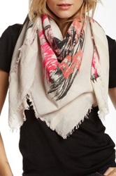 Leigh And Luca Abstract Fringed Trim Scarf Gray
