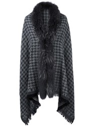 Bazar Deluxe Houndstooth Knit Poncho Grey