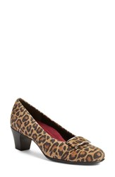 Munro American Women's 'Mara' Block Heel Pump Leopard Print Leather