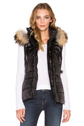 Sam. Legacy Asiatic Raccoon Fur Vest Black