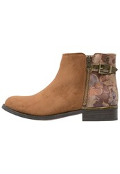 Refresh Ankle Boots Camel