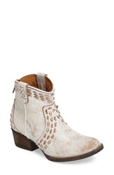 Very Volatile Women's Bravos Bootie White Leather