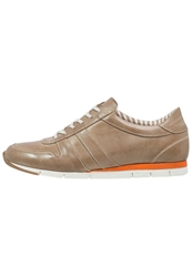 Pier One Trainers Beige