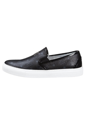 Michalsky Urban Normad Border Mcm Slipons Black