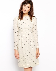 Orla Kiely Shift Dress In Daisy Cat Print Chalkcream