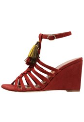 Chocolate Schubar Vilvi Wedge Sandals Red Ochre