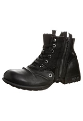 Replay Clutch Laceup Boots Black