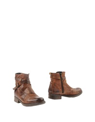 Oto Ankle Boots Brown