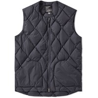 Mt. Rainier Design Zip Quilt Down Vest Black