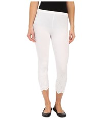 Hue Eyelet Trim Cotton Capris White Women's Capri