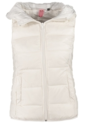 Only Waistcoat Cloud Dancer Off White