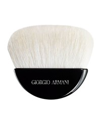 Giorgio Armani Maestro Sculpting Powder Brush Unisex
