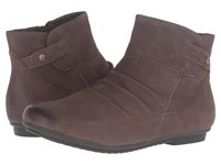 Earth Bliss Grey Soft Buck Women's Pull On Boots Brown