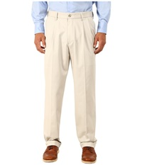 Dockers Comfort Khaki Upgrade Relaxed Pleated Porcelain Khaki Men's Casual Pants Gray