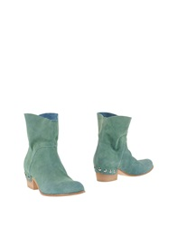 Vic Ankle Boots Emerald Green