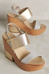 Anthropologie Guilhermina Clotild Platform Heels Gold 37 Euro Heels