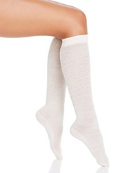 Hue Diamond Texture Knee Socks Ivory