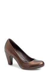 Born Women's Crown By Born 'Sabrina' Pump Tobacco Embossed Leather