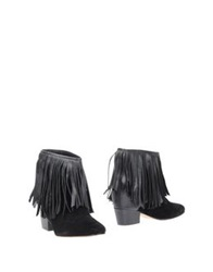 Mr. Wolf Ankle Boots Black