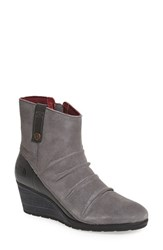 The North Face Women's 'Bridgeton' Waterproof Wedge Bootie Pearl Grey Garnet Red