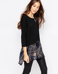 Only Karen Long Boxy Top With Printed Layer Black W. Patch