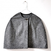 Simple Cape In Recycled Wool Basiques