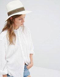 Liquorish Wide Brim Fedora Straw Hat With Patterned Band White