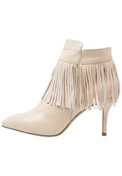 Gardenia Ankle Boots Nude