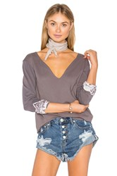 Gypsy 05 Raw Edge Decollete Tee Gray