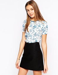 Yumi Top In Tile Print Blue