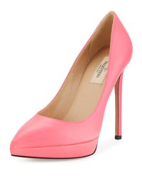 Valentino Leather Pointed Toe Platform Pump F10