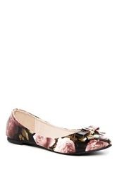 Godiva Pointed Toe Floral Print Flat Black