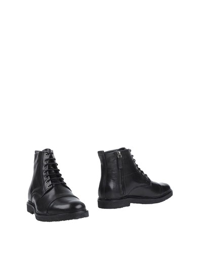 Royal RepubliQ Ankle Boots Black BGUff
